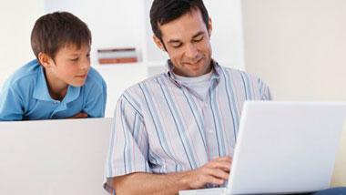 ¿Sabías que la pornografía es  la principal preocupación de los padres cuando los hijos acceden a Internet?